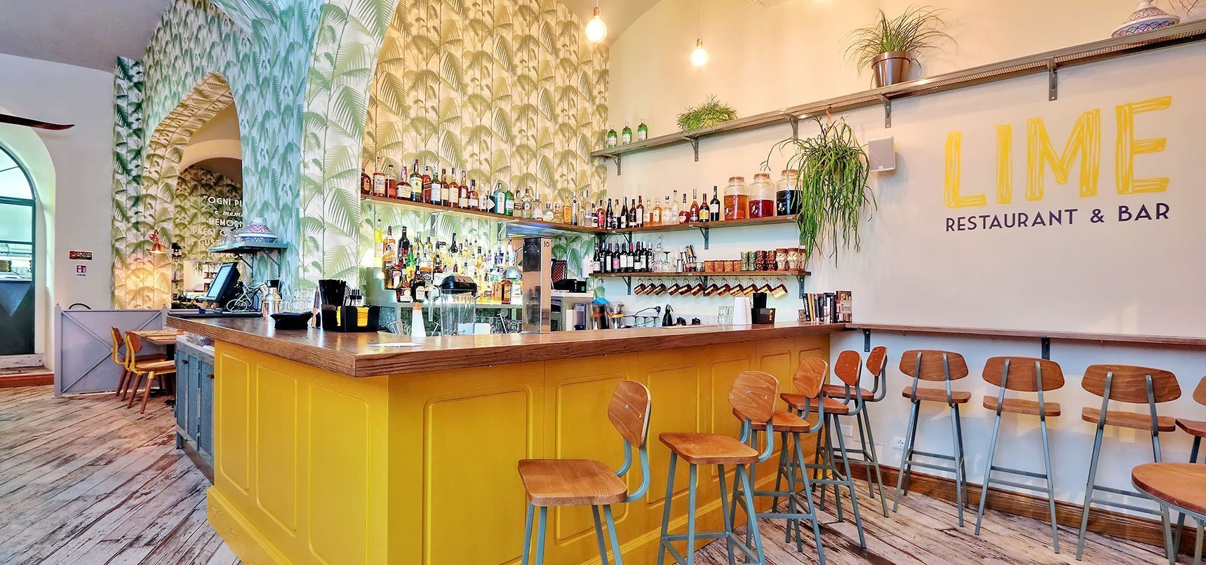 arredamento locali pubblicibar, ristoranti, caffetterie, panifici, paninoteche, pizzerie, cocktail bar, wine bar, enoteche, street food