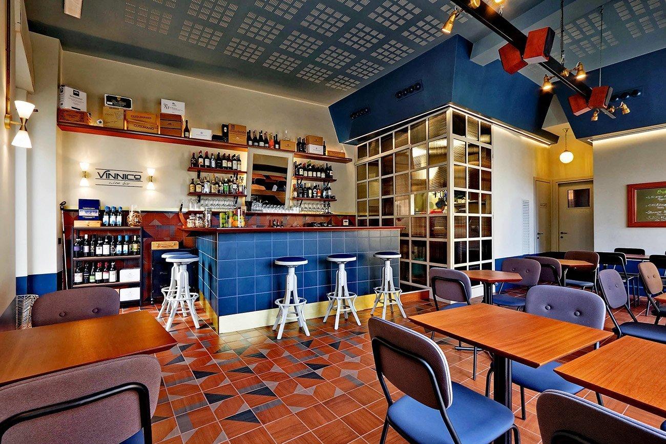 Vinnico arredi personalizzati Wine Bar