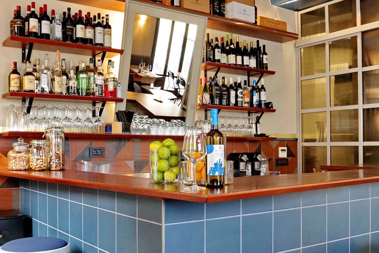 Vinnico arredamento Enoteca Wine Bar