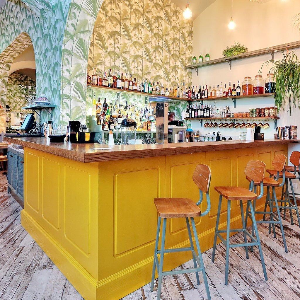 bancone cocktail bar