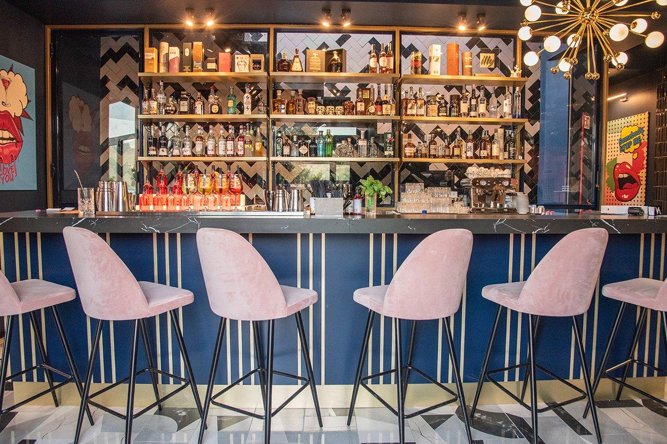 vista - wine bar